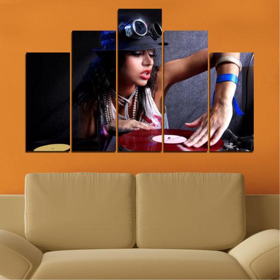 Декоративни панели и картини от канава - от 5 части №0400 » Лилав, Кафяв, Черен, Сив, Тъмно сив » Жена, Мода, Музика, Ди джей Form #5