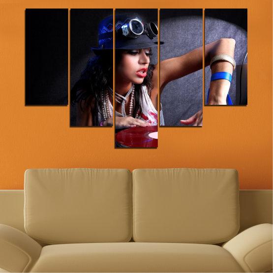 Декоративни панели и картини от канава - от 5 части №0400 » Лилав, Кафяв, Черен, Сив, Тъмно сив » Жена, Мода, Музика, Ди джей Form #6