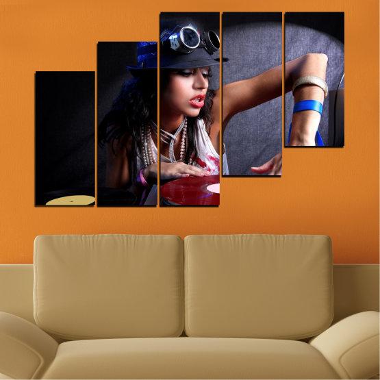 Декоративни панели и картини от канава - от 5 части №0400 » Лилав, Кафяв, Черен, Сив, Тъмно сив » Жена, Мода, Музика, Ди джей Form #8